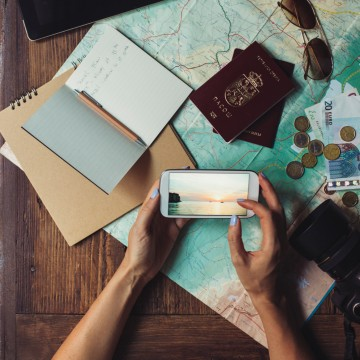 Thumbnail: Holiday Gift Guide: Top Travel Gadgets