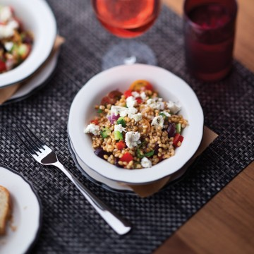Thumbnail: A Very Royal Recipe: Vegetarian Greek Farro Salad