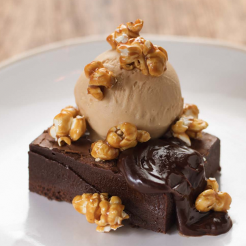 Thumbnail: A Very Royal Recipe: Epic Homemade Brownie