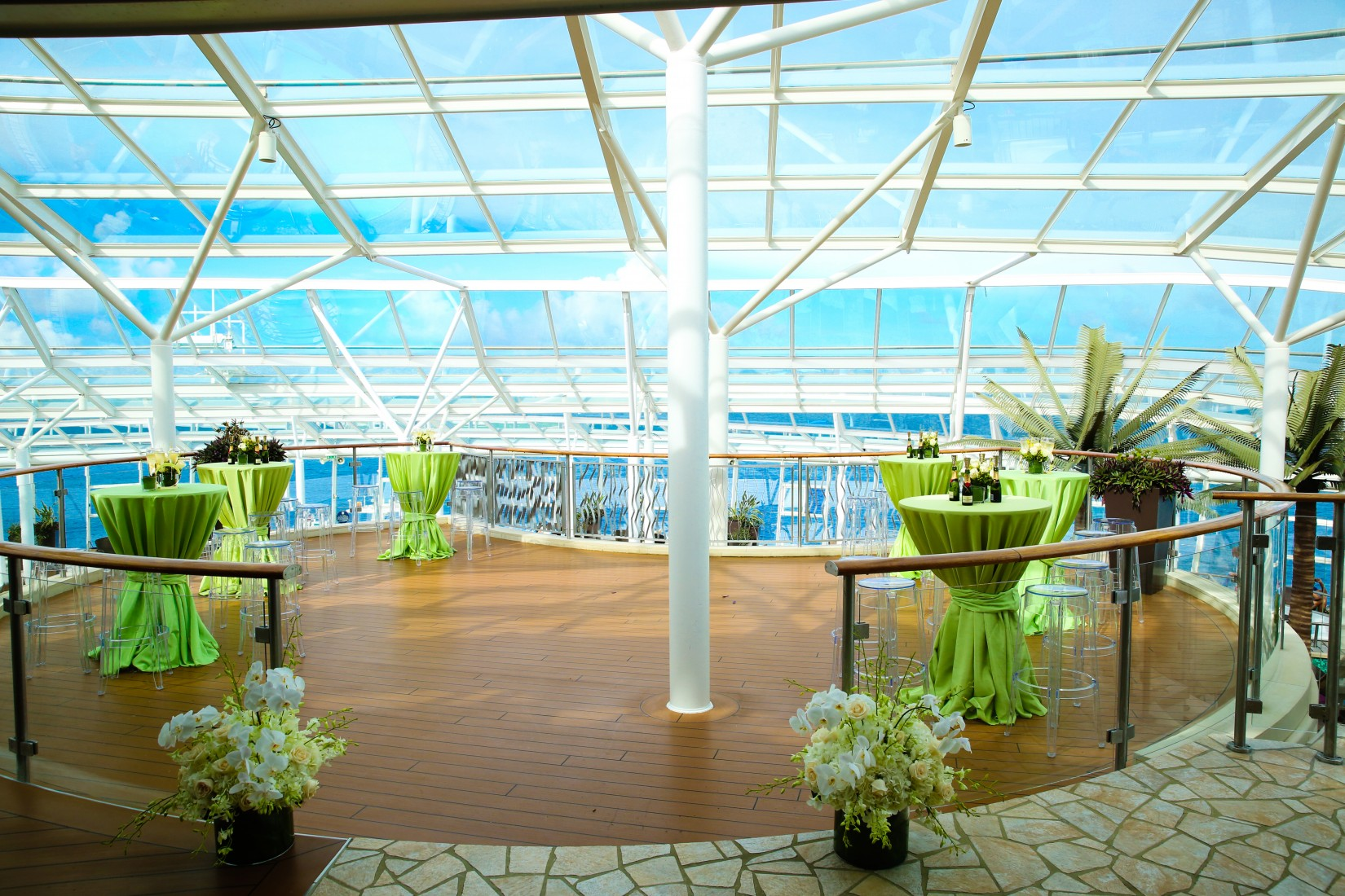 How to plan an easy destination wedding royal caribbean for Front royal wedding venues