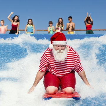 Thumbnail: Why You Should Spend The Holidays At Sea